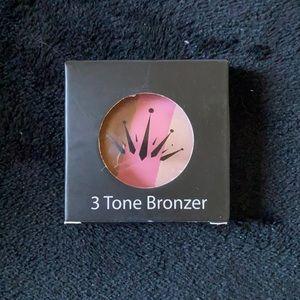 Crown 3 Tone Bronzer